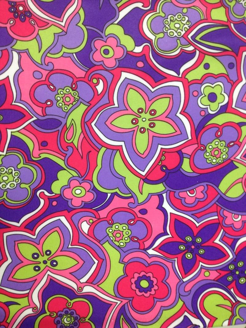 70s Flower Print Live Auction Pine Crest Fabrics